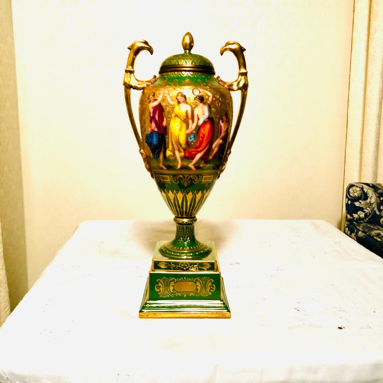 Royal Vienna Covered Urn Signed A. Heer with Exquisite Paintings on Both Sides For Sale 8