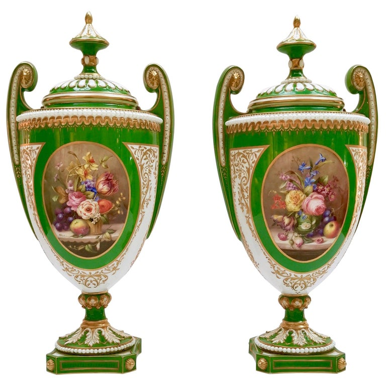 Royal Worcester 2 Porcelain Vases, Green Floral, Signed William Hawkins, 1907 For Sale