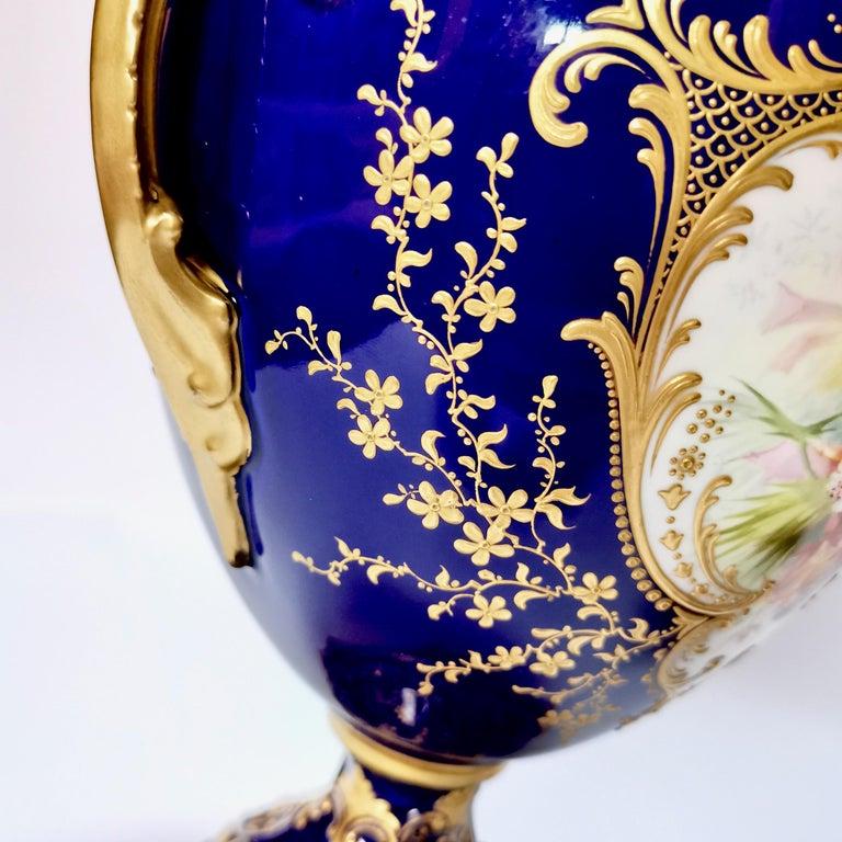 Royal Worcester 2 Porcelain Vases, Mazarine Blue, Orchids Signed F Roberts, 1901 For Sale 7