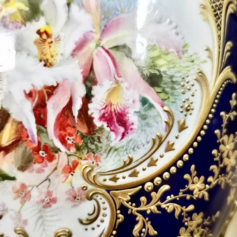 Royal Worcester 2 Porcelain Vases, Mazarine Blue, Orchids Signed F Roberts, 1901 For Sale 1