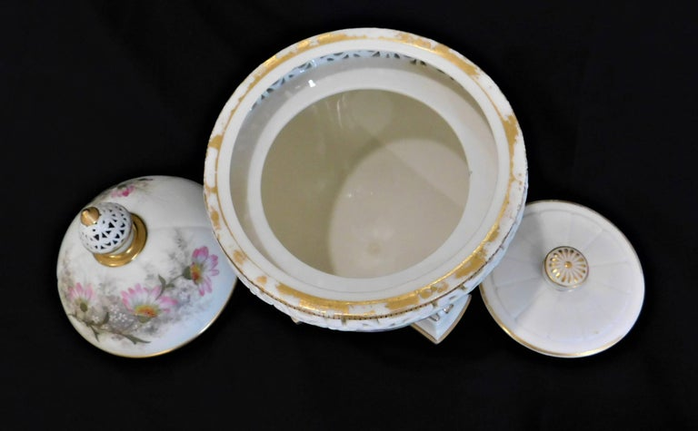 Royal Worcester Lidded Potpourri Porcelain Jar with Lid and Cover For Sale 7