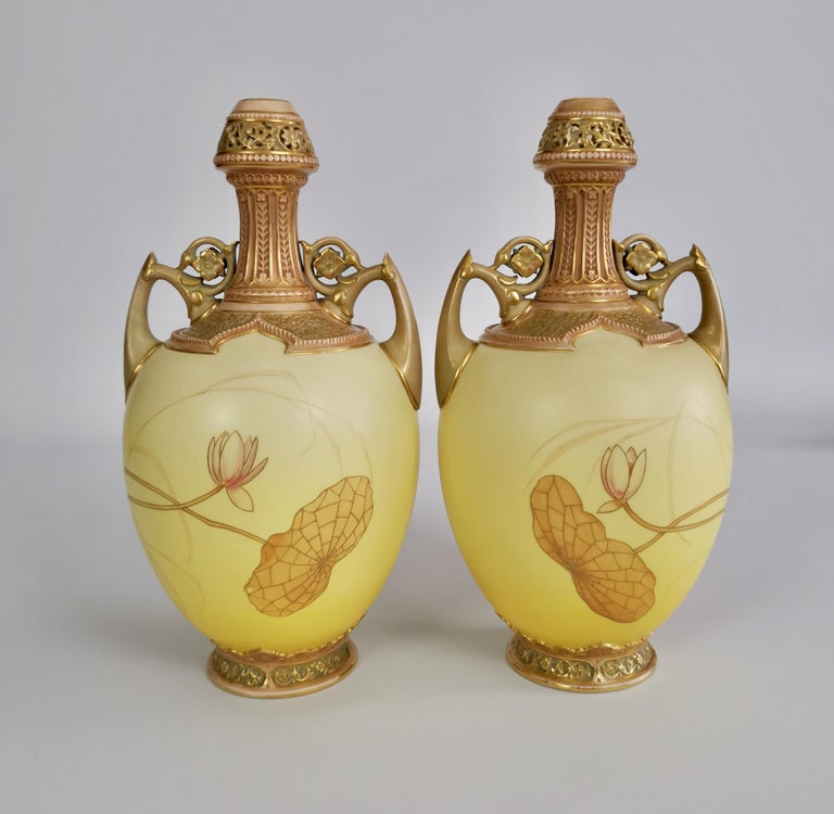 High Victorian Royal Worcester Pair of Persian Porcelain Vases, Blush Ivory Japanese Lotus 1890 For Sale