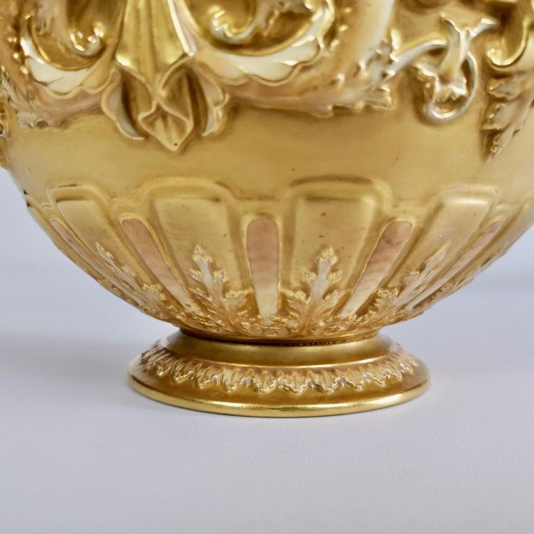 Royal Worcester Porcelain Jardiniere, Gilt, Blush Ivory and Masks, 1892-1920 For Sale 4