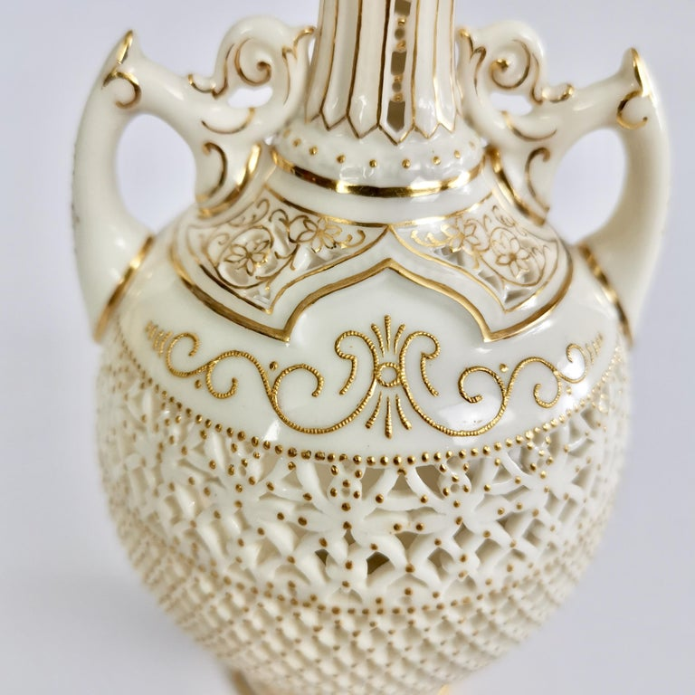 Royal Worcester Small Persian Porcelain Vase, Reticulated George Owen, 1917 For Sale 3
