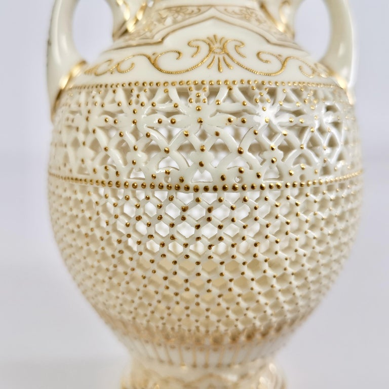 Royal Worcester Small Persian Porcelain Vase, Reticulated George Owen, 1917 For Sale 4