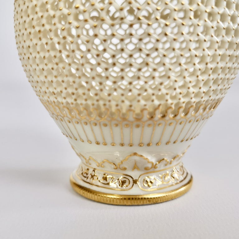 Royal Worcester Small Persian Porcelain Vase, Reticulated George Owen, 1917 For Sale 8