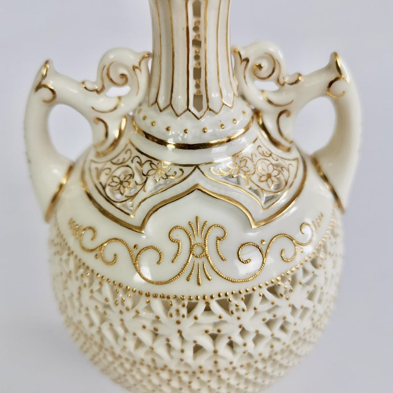 Royal Worcester Small Persian Porcelain Vase, Reticulated George Owen, 1917 For Sale 1