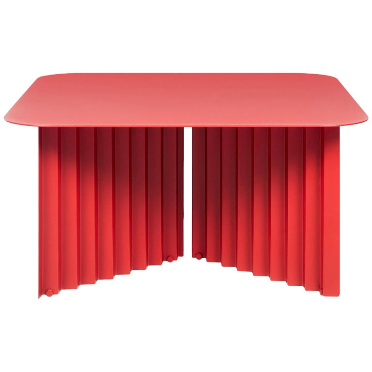 RS-Barcelona Medium Plec Table in Red Metal by A.P.O. For Sale