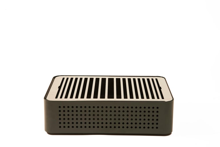 Modern RS Barcelona Mon Oncle Barbecue in Grey by Mermelada Estudio For Sale