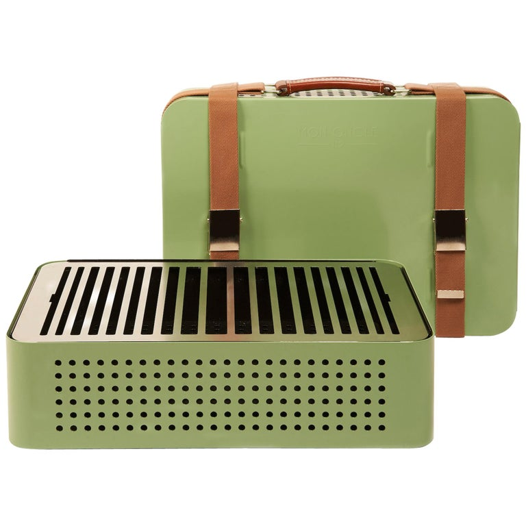 RS-Barcelona Mon Oncle Set of 40 Barbecue in Green by Mermelada Estudio For Sale