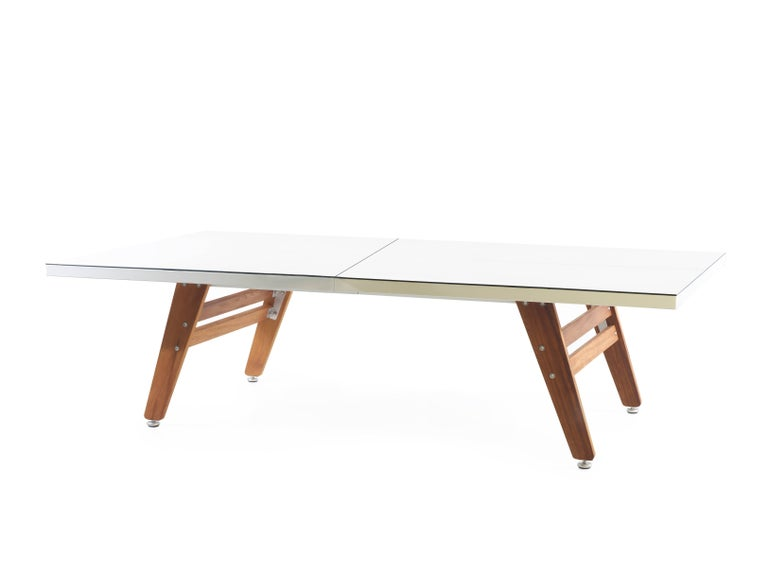 RS# Ping Pong regulation-sized table HPL top and Iroko wood legs making is suitable for both indoor and outdoor use.