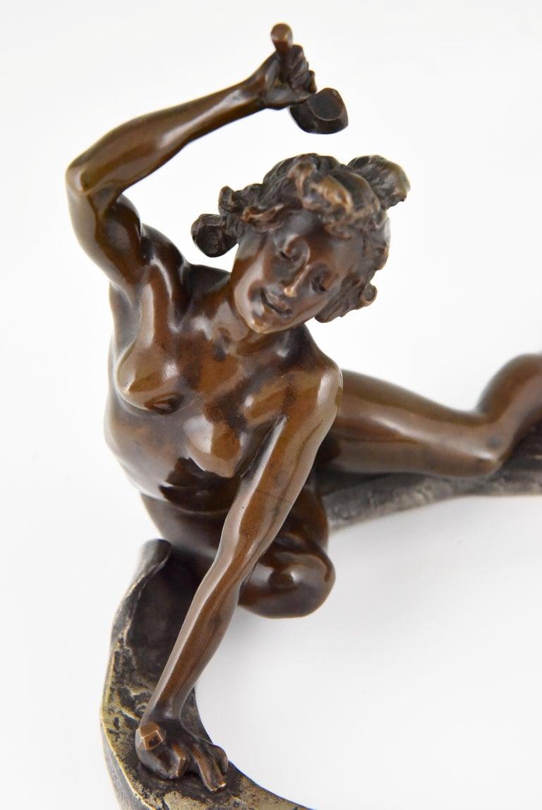 Art Nouveau Bronze Sculpture Nude on a Horseshoe Georges Récipon 1896 Original For Sale 6