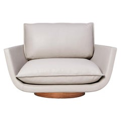 Rua Ipanema Lounge Chair by Yabu Pushelberg in White Pepper Leather