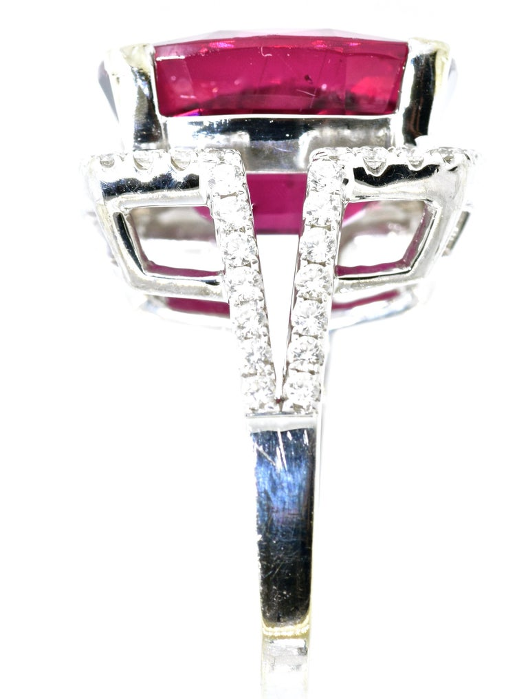 13 ct. Very Fine Rubelite and Diamond Ring In Excellent Condition For Sale In Aspen, CO