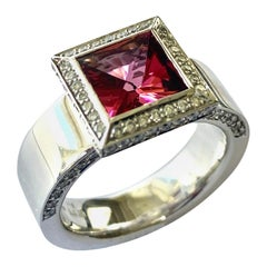 Rubelliete and Diamond White Gold Ring