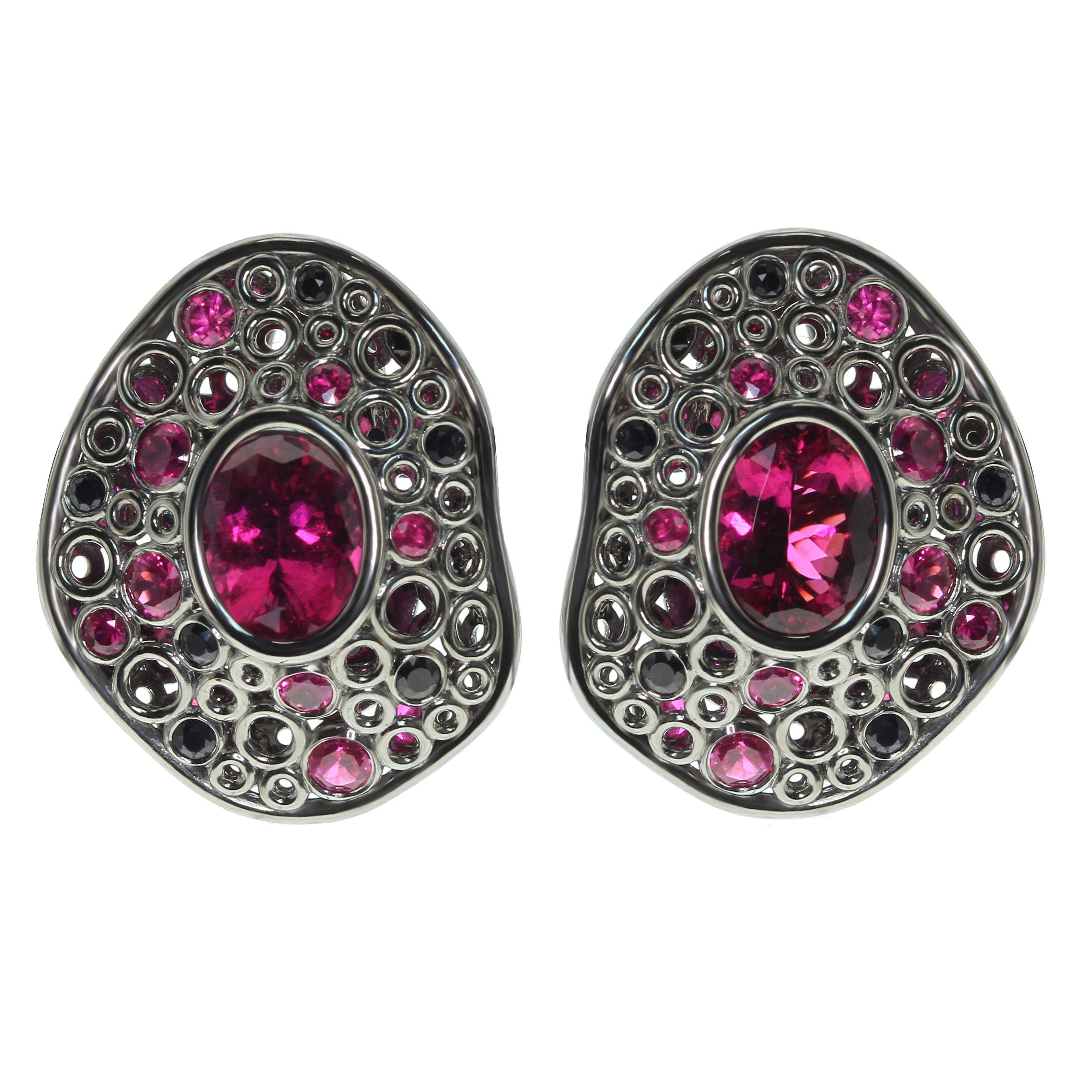 Rubellite Tourmaline 4.54 Carat, Ruby Sapphire 18 Karat Black Gold Earring