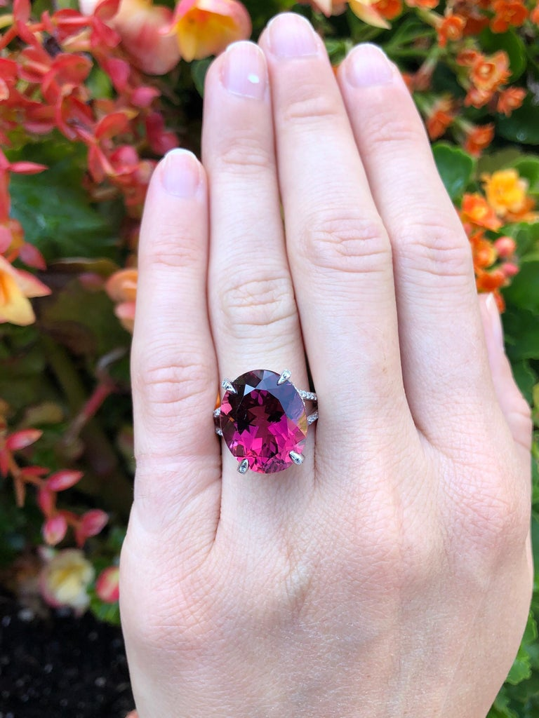 Oval Cut Rubellite Tourmaline Ring 11.90 Carat Oval