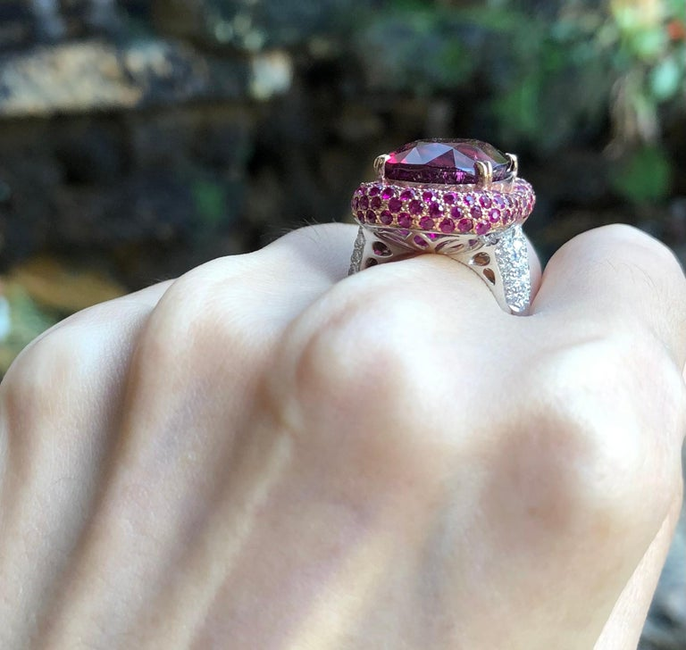 Rubellite with Ruby and Diamond Ring Set in 18 Karat White Gold Settings In New Condition For Sale In Bangkok, TH