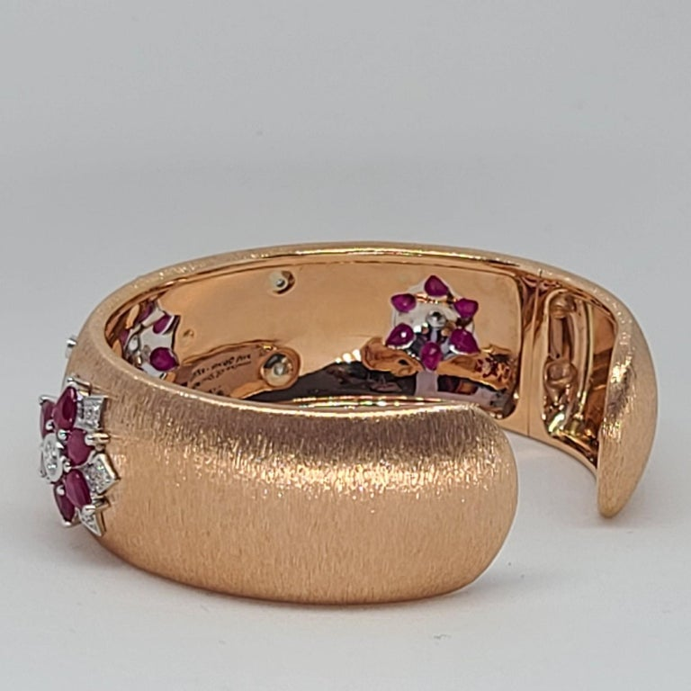 Rubies 18 Karat Rose White Gold Link Bangle with Diamonds For Sale 4