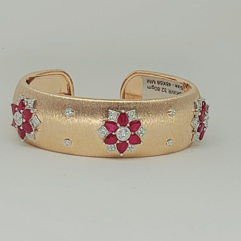 Rubies 18 Karat Rose White Gold Link Bangle with Diamonds For Sale 6
