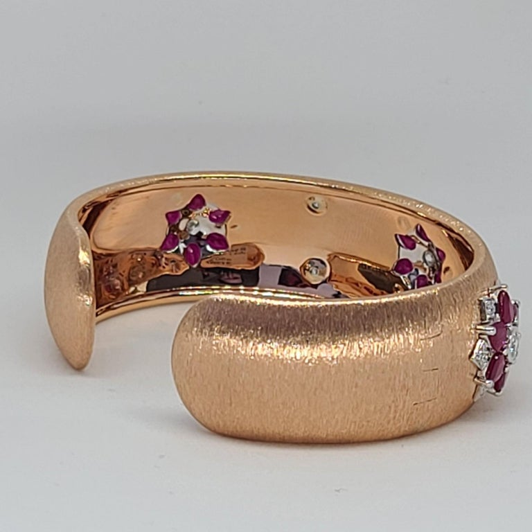 Rubies 18 Karat Rose White Gold Link Bangle with Diamonds For Sale 9