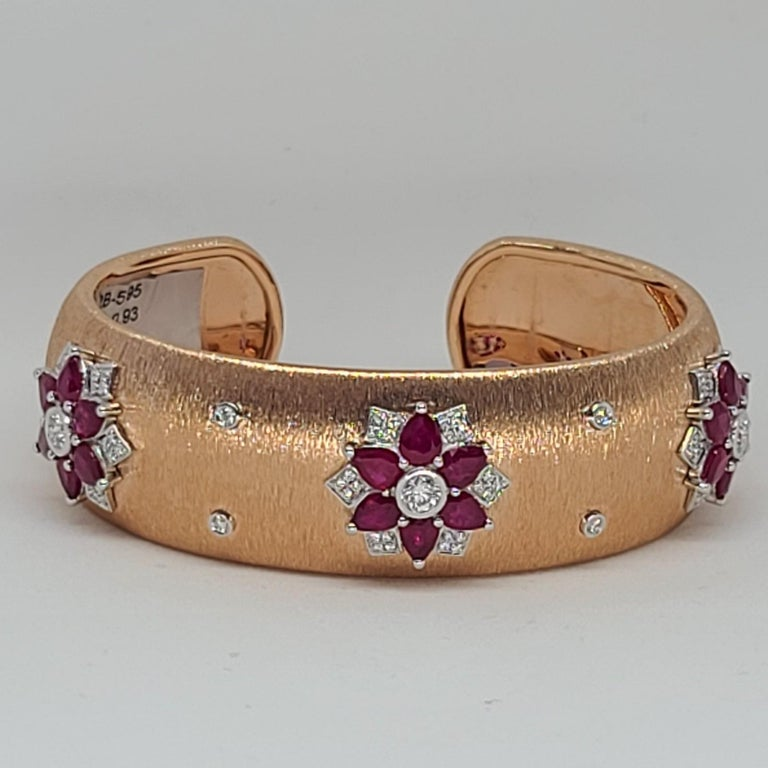 Rubies 18 Karat Rose White Gold Link Bangle with Diamonds For Sale 3