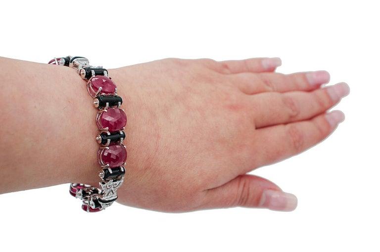 Rubies, Diamonds, Onyx, 14 Karat White Gold Retrò Bracelet In Good Condition For Sale In Marcianise, Marcianise (CE)