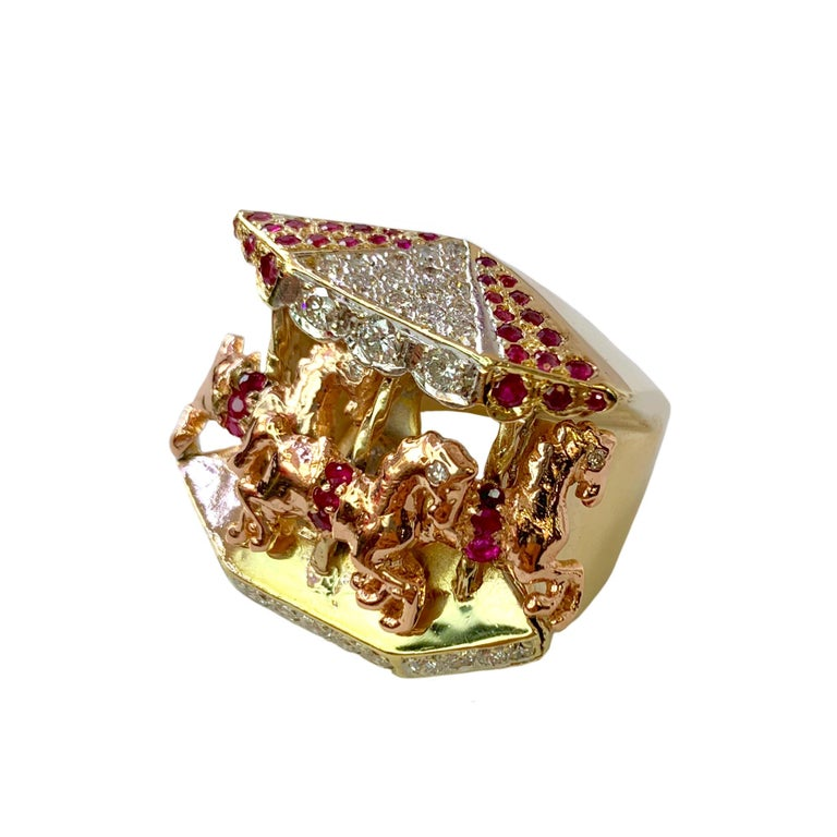Round Cut Ruby and Diamond 14 Karat Yellow and Rose Gold Carousel Ring For Sale