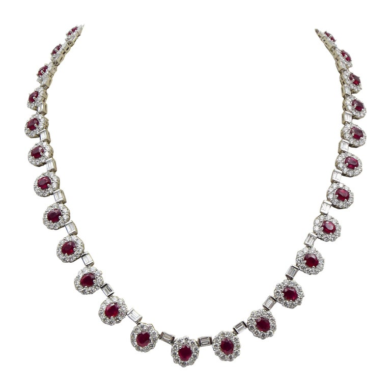 Ruby and Diamond Luxurious Estate Platinum Necklace with 9.60 Carat of Rubies For Sale