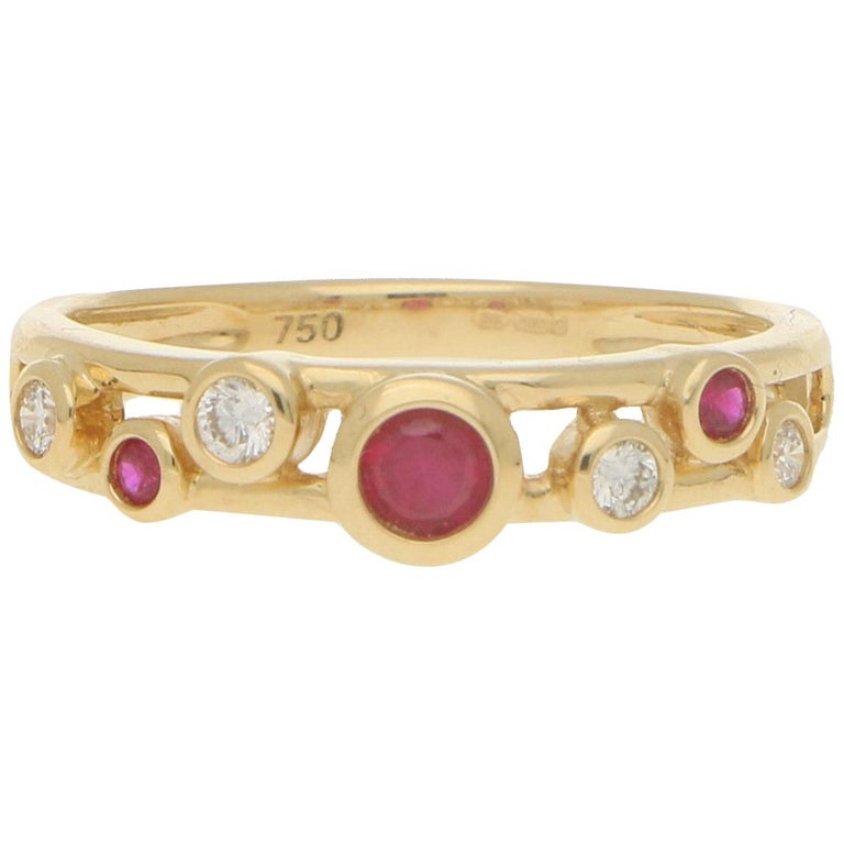 Ruby and Diamond Retro Bubble Ring Set in 18 Karat Yellow Gold For Sale