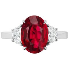 Takat 4.15 Cts GIA Certified Ruby And Diamond Ring In Platinum
