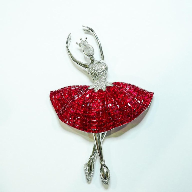 Round Cut Ruby Ballerina Brooch 18 Karat White Gold in Invisible Setting For Sale
