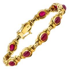 Ruby Bracelet 10 Carat with Diamonds 0.2 Carat 18 Karat Gold