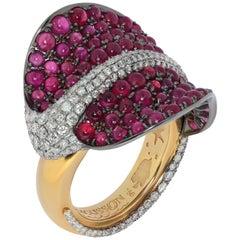 Ruby Cabochon Diamonds 18 Karat Yellow and Black Gold Stingray Ring