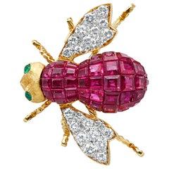 Ruby Diamond and Emerald 18 Karat Yellow Gold French Bee Pin
