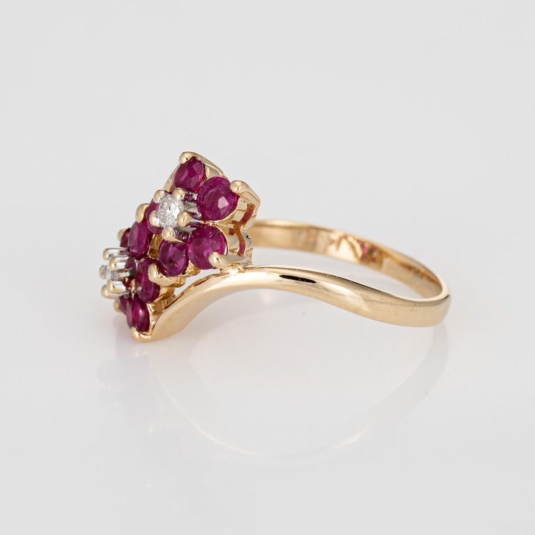Round Cut Ruby Diamond Double Flower Ring Moi et Toi 14 Karat Yellow Gold Vintage Jewelry For Sale