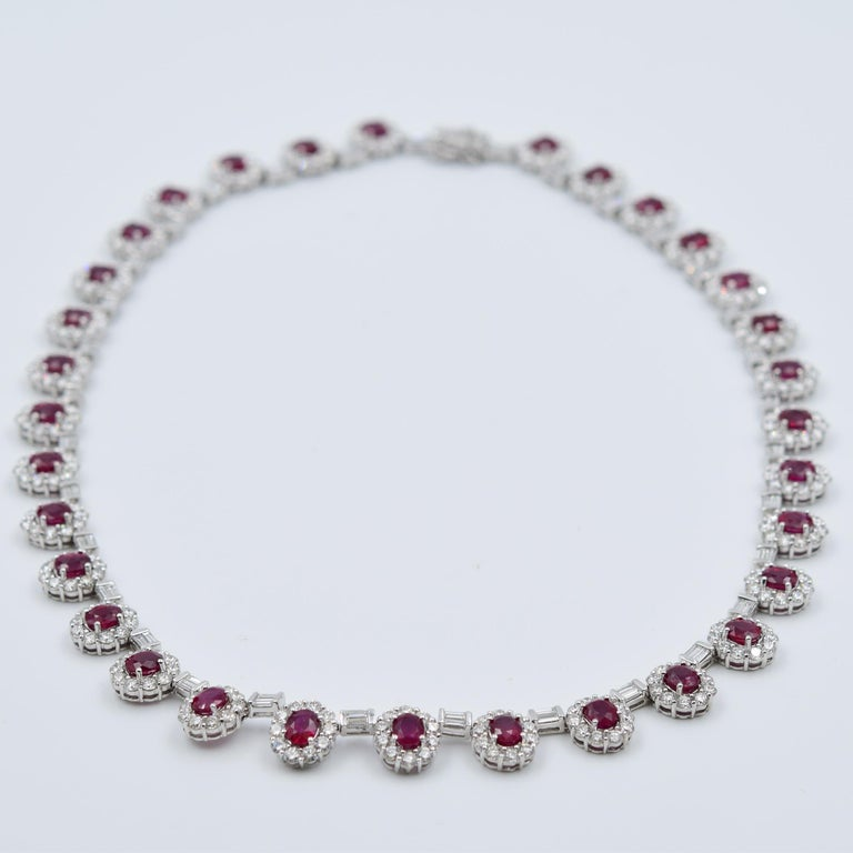 Ruby and Diamond Luxurious Estate Platinum Necklace with 9.60 Carat of Rubies In Excellent Condition For Sale In Carmel, IN