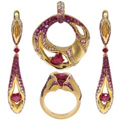 Ruby Diamond Pink Sapphire 18 Karat Yellow Gold HeartBeat Suite