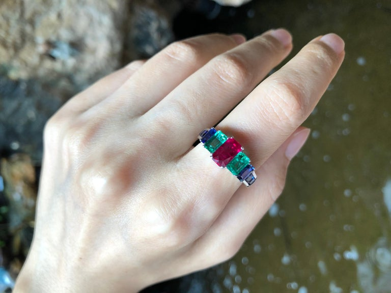Contemporary Ruby, Emerald and Blue Sapphire Ring Set in 18 Karat White Gold Settings For Sale