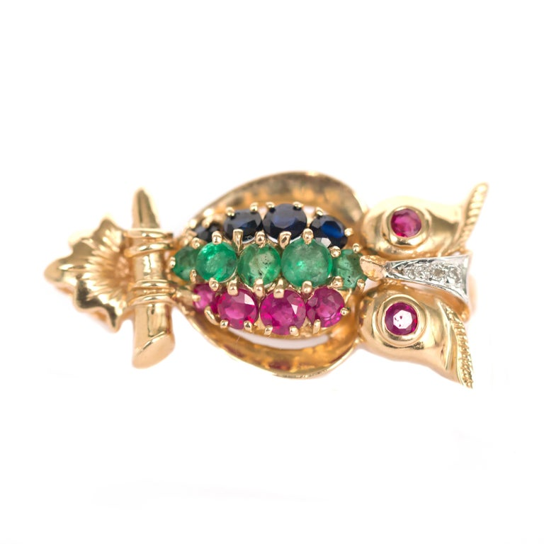Ruby, Emerald, Sapphire Yellow Gold Brooch In Good Condition For Sale In New York, NY