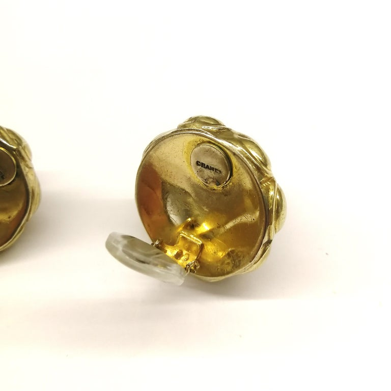 Ruby poured glass and gilt metal earrings, Goossens for Chanel, France, 1960s. For Sale 2