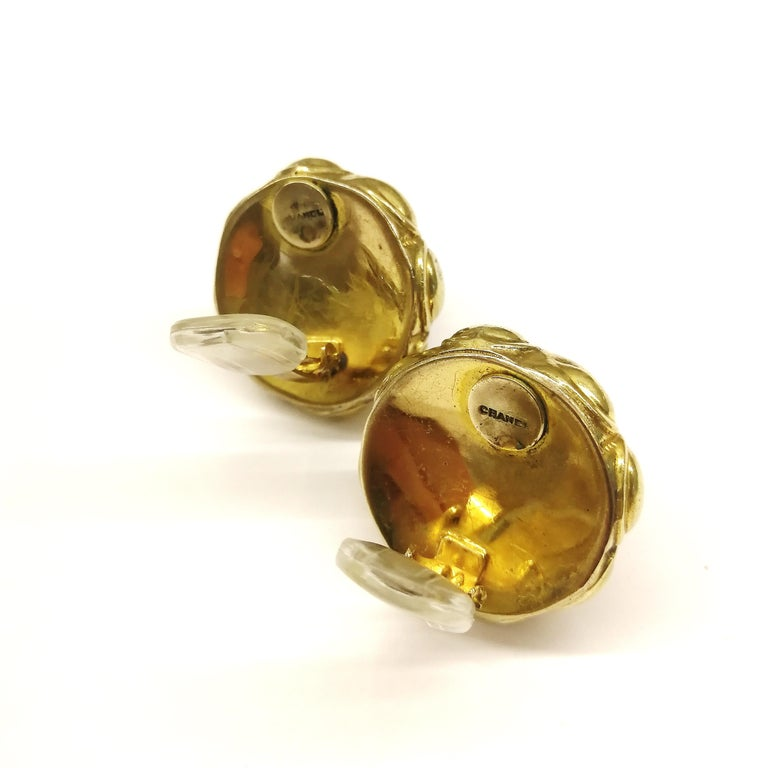 Ruby poured glass and gilt metal earrings, Goossens for Chanel, France, 1960s. For Sale 3