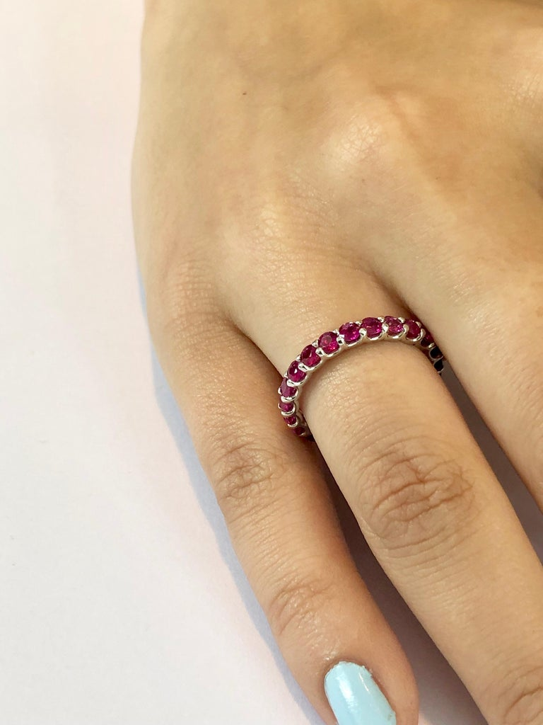 Ruby Prong Set Eternity Band Weighing 2.30 Carat In New Condition For Sale In New York, NY