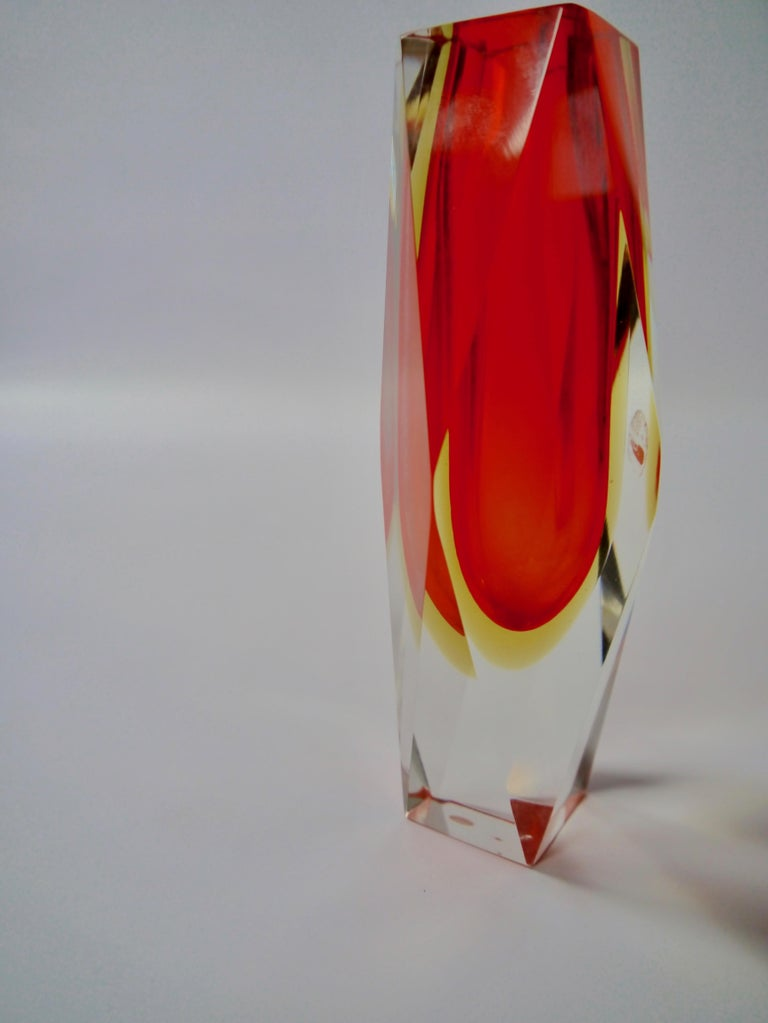 Ruby Red Murano Glass Vase by Mandruzzato for Oball, Italy, 1970s For Sale 1