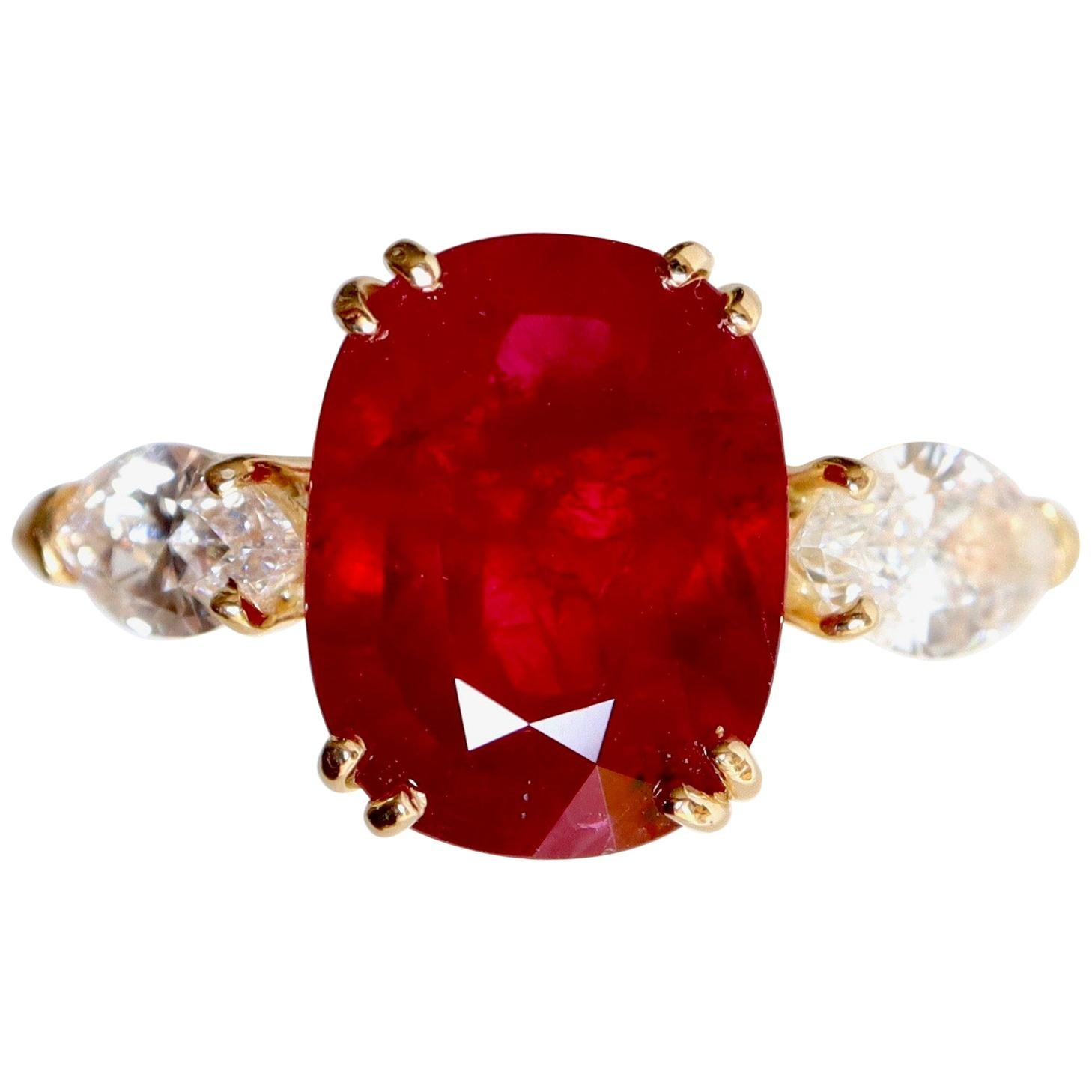 Ruby Ring in 18 Carat Yellow Gold Diamonds and Ruby 5.01 Carat