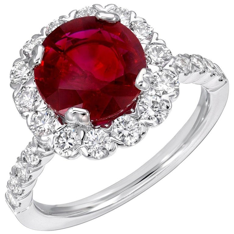 Ruby Ring Intense Red 2.53 Carats For Sale