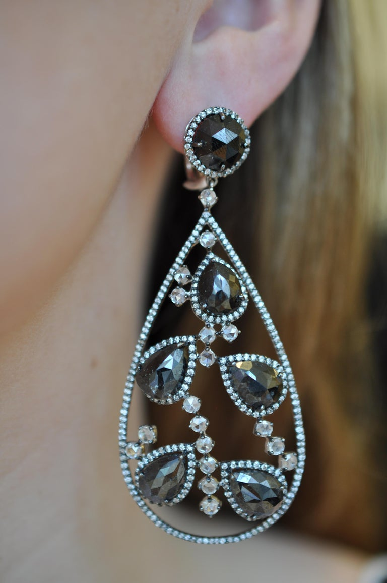 Black Diamond and Rose Cut White Diamond Chandelier Earrings In New Condition For Sale In New York, NY