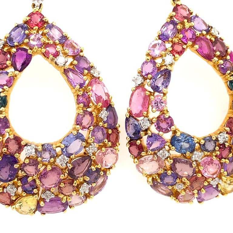 Ruchi New York Color Sapphire Chandelier Earrings In New Condition For Sale In New York, NY