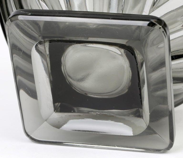 Rudolf Schrötter for Inwald Art Deco Grey Green Moulure Moderne Art Glass Vase For Sale 4