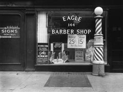New York, 1940 [Barber Shop Window]